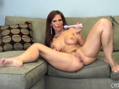 Carnivorous milf Syren De Mer is soaked with delicious juice