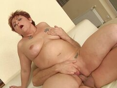 Mature bitch Hetera sucks a dick and enjoys hot multiposition sex