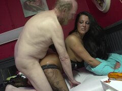 Old fucker penetrates shaved puss of that brunette