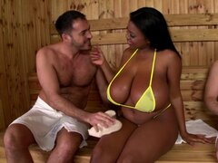 Hot ebony being double penetrated