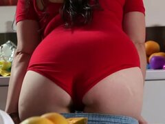 Girls Out West - Curvy hairy girl masturbates